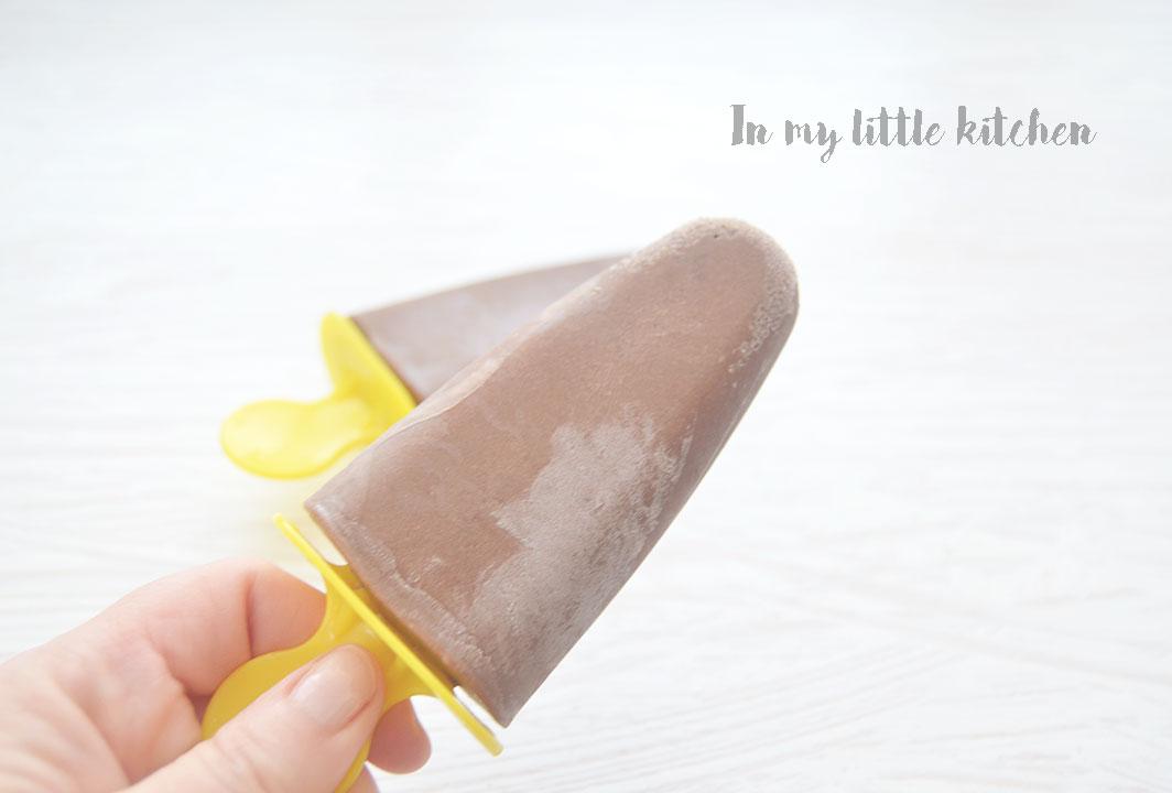 Helado de chocolate y plátano